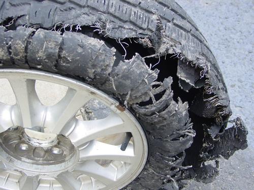 pneu rebenta